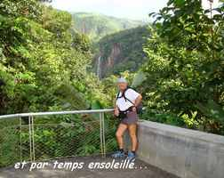 vue chutes carbet, basse terre sud, guadeloupe